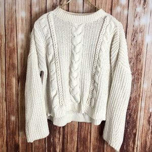 Universal Threads Cute Cropped Chenile Sweater S